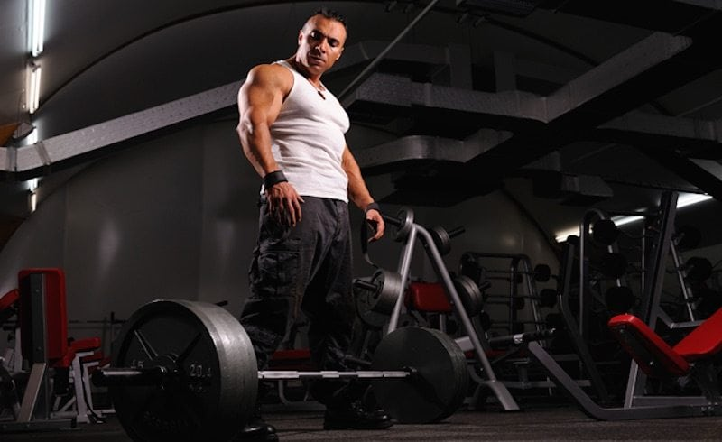 Deadlifts versus Squats: Which is better for muscle growth?